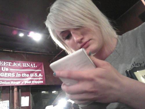 blonde-waitress